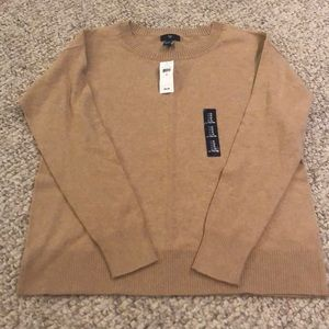 Gap Tan light weight sweater. NWT. Size medium.